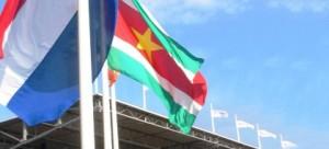 vlagNederland-Suriname